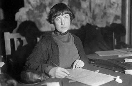 Alexandra Kollontai. Escritos políticos - 5 textos en un solo volumen - formato pdf Kollontai-foto-2